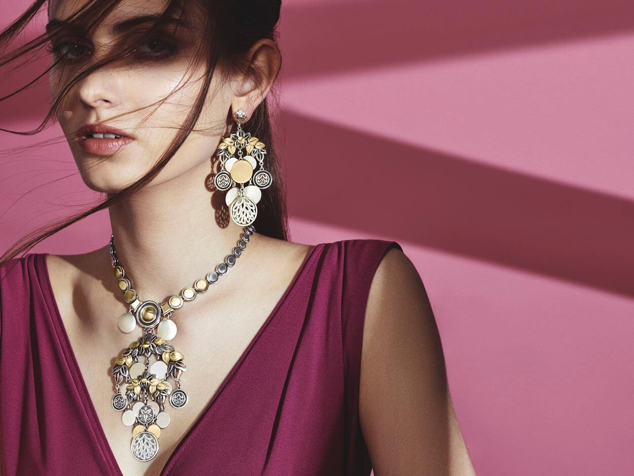 Jewellery Photographer Dubai Azza Fahmy_002